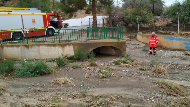 Bomberos de Guadix actúan tras el paso del temporal