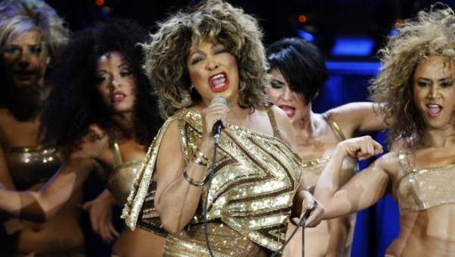 La cantante Tina Turner en un concierto en Zurich en 2009.