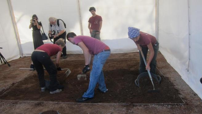 Comienza la segunda fase de exhumaciones en el cementerio de Castelló