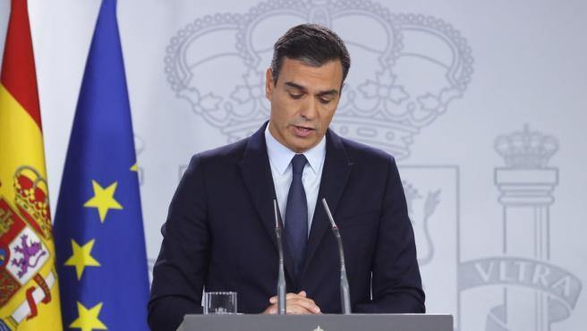 El presidente del Gobierno en funciones, Pedro Sánchez, comparece en Moncloa después de su reunión con Felipe VI.