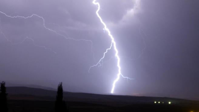 Imagen de archivo de un rayo.
