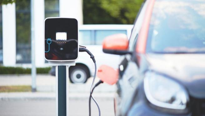 Para 2025 se prevé que los vehículos eléctricos acaparen en torno al 30% de las ventas.