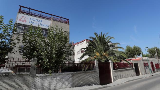 Exterior del centro residencial Hogar Don Orione en Pozuelo de Alarcón, Madrid.