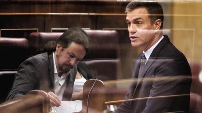Sánchez e Iglesias, un pulso de cinco meses en el que la desconfianza se impuso.