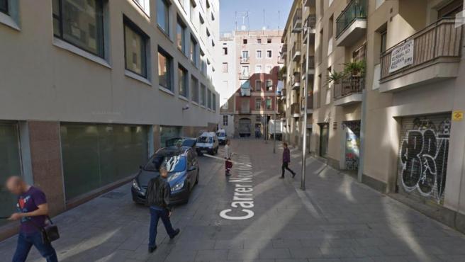 Imagen de la calle del barrio barcelonés del Raval donde ha ocurrido el suceso.