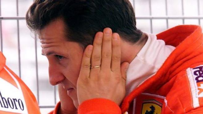 Michael Schumacher, en el box de Ferrari en una imagen de archivo.
