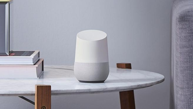 El dispositivo inteligente para el hogar Google Home.