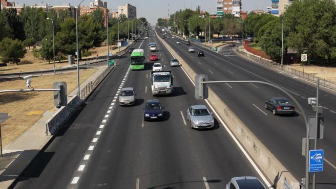 Los semáforos del Paseo de Extremadura llevan desactivados desde finales de junio.