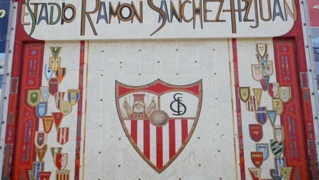 Frontal del estadio Ramón Sánchez Pizjuán