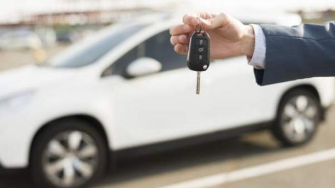 <p>El 89% de los interesados en comprar un coche desea que sea nuevo.</p>