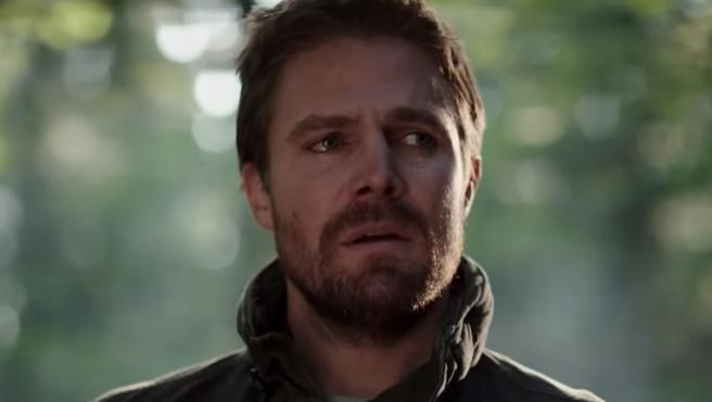 'Arrow': Oliver Queen se dirige a su misión en el multiverso en el nuevo tráiler