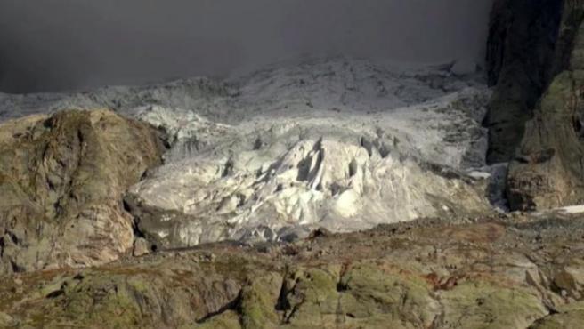El glaciar Planpincieux corre riesgo de colapsar por el deshielo acelerado.