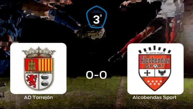 La AD Torrejón CF y el Alcobendas Sport se reparten los puntos en Las Veredillas (0-0)