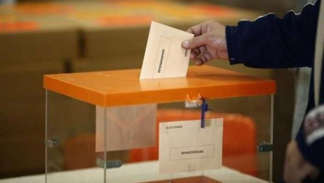 Urna electoral.