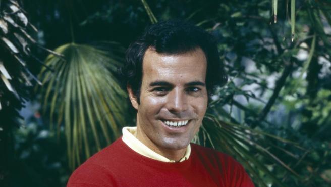 Julio Iglesias, en una imagen de 1974.
