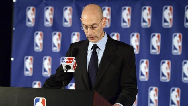 El comisionado de la NBA, Adam Silver.