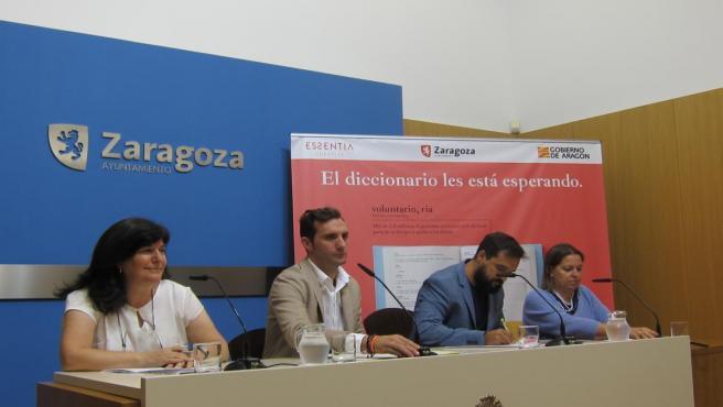 Presentación en Zaragoza de la campaña #voluntarioaldiccinario.