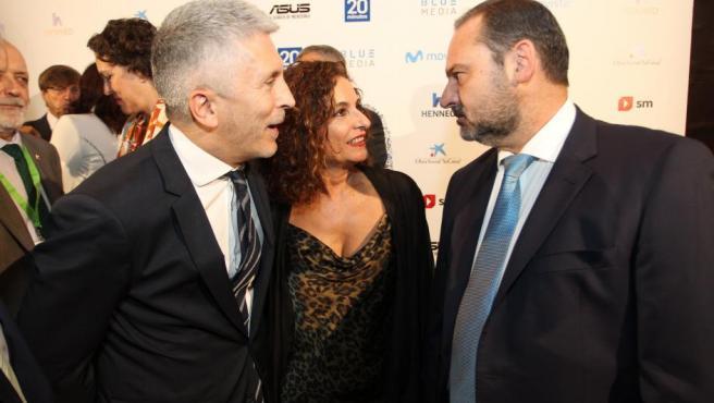 Los ministros Marlaska, Montero y Ábalos, esta noche durante los Premios 20Blogs.