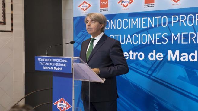 El consejero de Transportes de la Comunidad de Madrid, Ángel Garrido, en un acto de homenaje a trabajadores de Metro de Madrid.