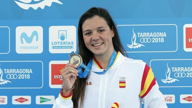 Catalina Corró, con su medalla de oro en 400 metros estilos de los Juegos Mediterráneos de Tarragona 2018.