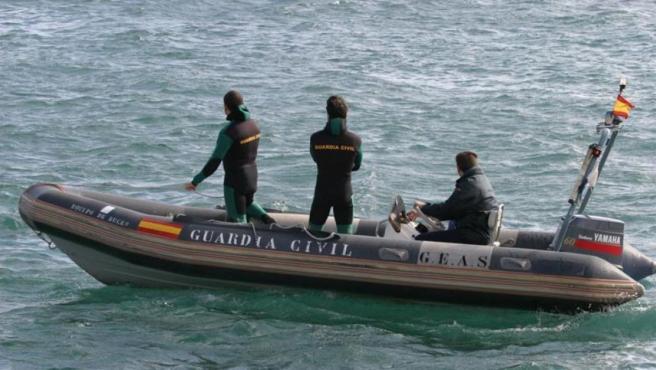 Agentes del Servicio Marítimo de la Guardia Civil, en una imagen de archivo.