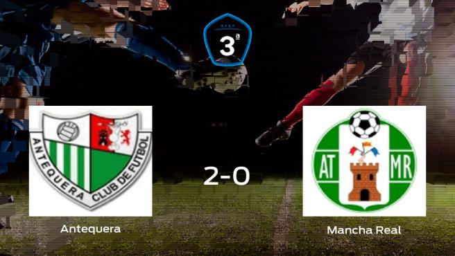 El Antequera logra los tres puntos frente al Mancha Real (2-0)