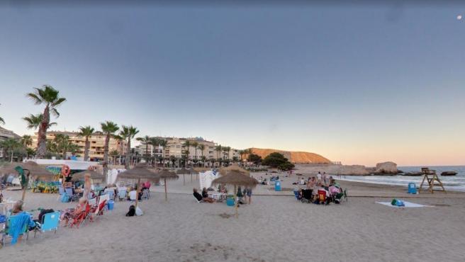Playa de la Ampolla, en Teulada