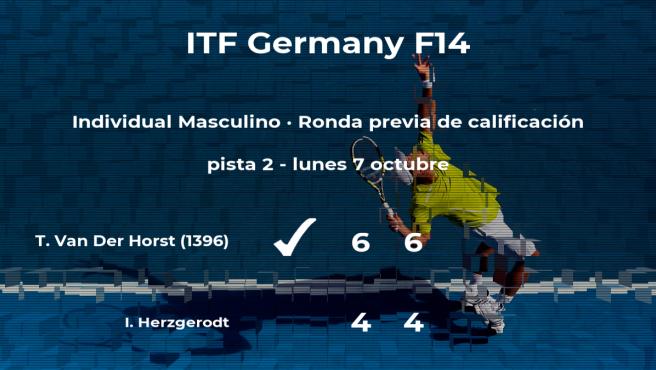 Tim Van Der Horst consigue vencer en la ronda previa de calificación a costa del tenista Ingo Herzgerodt