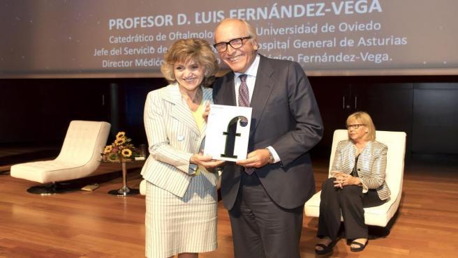 María Luisa Carcedo y Luis Fernández-Vega Sanz.