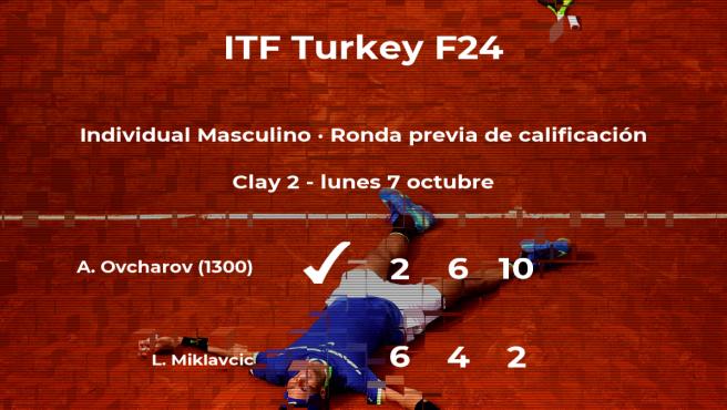 Triunfo del tenista Alexander Ovcharov en la ronda previa de calificación