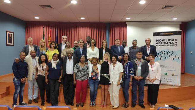 Participantes en el seminario internacional 'Movilidad africana y afrodescendientes: Avances y desafíos' de la Universidad de Huelva (UHU).