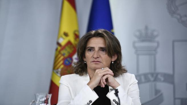 La ministra de Transición Ecológica en funciones, Teresa Ribera, comparece ante los medios de comunicación tras la reunión del Consejo de Ministros en Moncloa, en Madrid (España), a 27 de septiembre de 2019.
