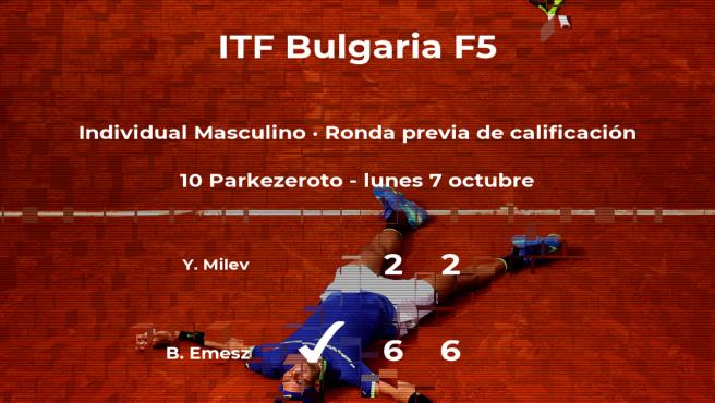 El tenista Benedikt Emesz vence en la ronda previa de calificación del torneo de Burgas