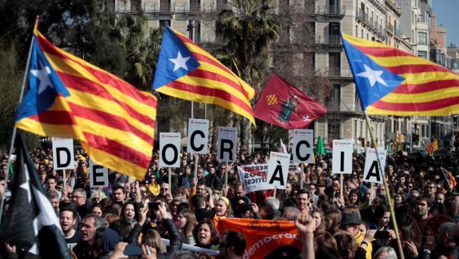 Una imagen de archivo de una jornada de huelga general en Cataluña.