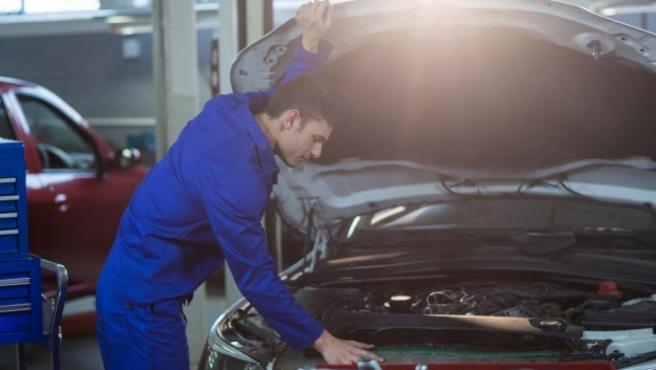 La ITV es un control obligatorio que deben pasar todos los coches y ciclomotores.