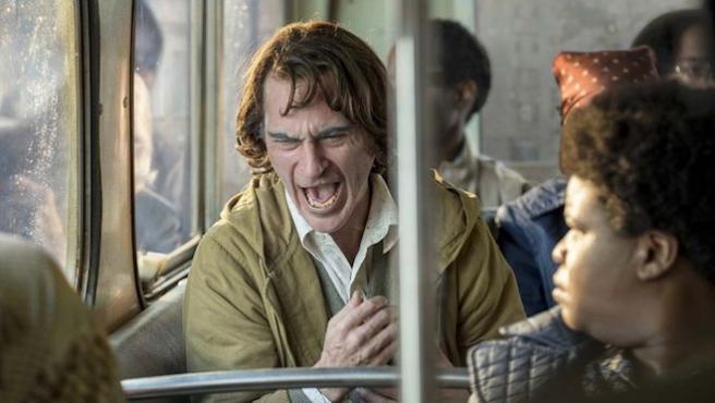 """¿""""Irresponsable"""" o """"extraordinaria""""? Los votantes de los Oscar opinan sobre 'Joker'"""