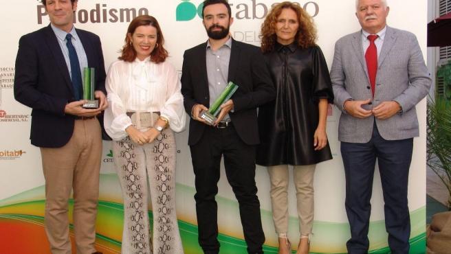 Periodistas premiados junto con los miembros de la Mesa del Tabaco