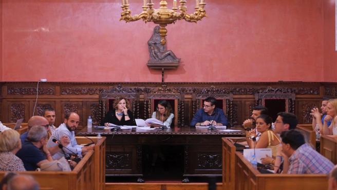 Pleno en el Ayuntamiento de Ayamonte (Huelva).