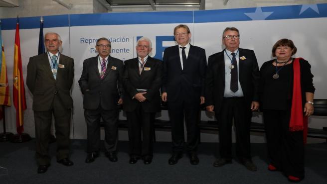 Ximo Puig en Bruselas con los primeros eurodiputados valencianos