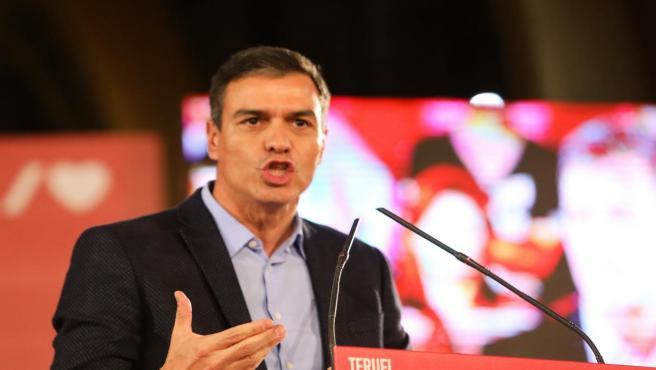 El presidente del Gobierno en funciones, Pedro Sánchez , durante su discurso en el acto político socialista en el Palacio de Exposiciones y Congresos, en Teruel (Aragón), a 10 de octubre de 2019.