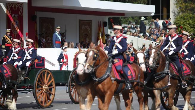 <p>Desfile militar del Día de la Hispanidad, el 12 de octubre de 2017.</p>