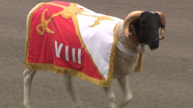 La cabra de la Legión vuelve al desfile de la Hispanidad