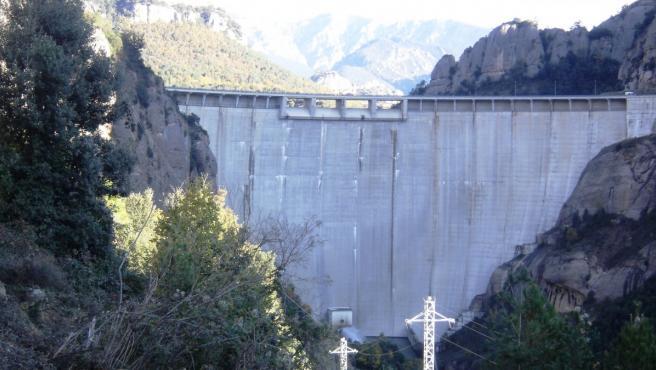Imagen de la presa de la Llosa del Cavall (Lleida)