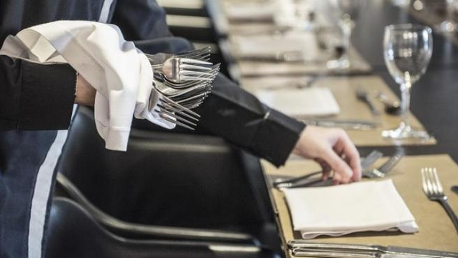 La hostelería es uno de los sectores con más contratos de corta duración.