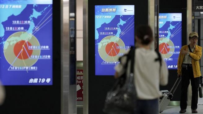 El tifón Hagibis sigue causando estragos en Japón.
