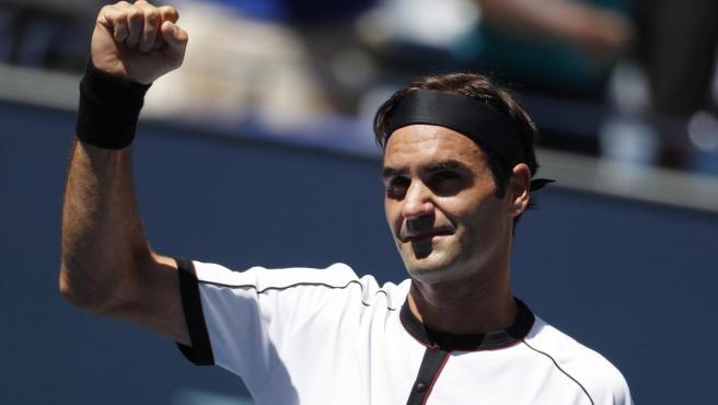 Roger Federer celebra una victoria en el US Open.