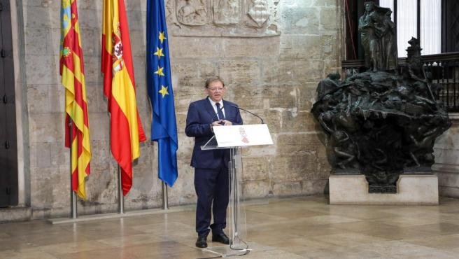 Puig en el Palau de la Generalitat
