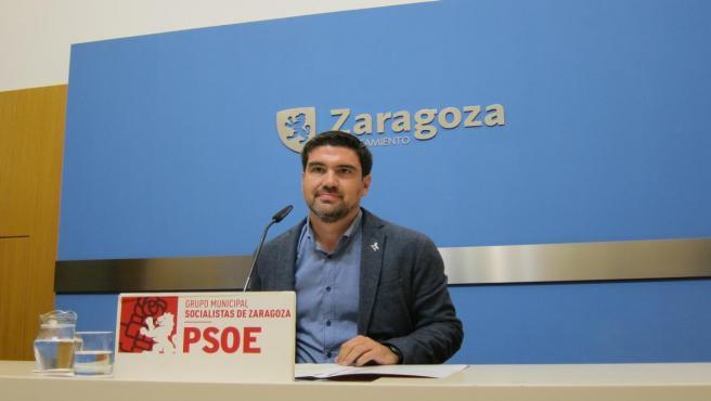 El portavoz de Hacienda del PSOE en el Ayuntamiento de Zaragoza, Horacio Royo.