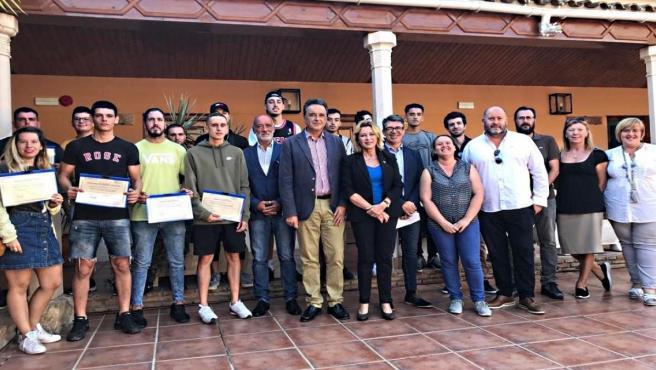 Junta y Ayuntamiento dan por terminada su Escuela Taller sobre huertos ecológicos tras formar a 15 desempleados en Torremolinos