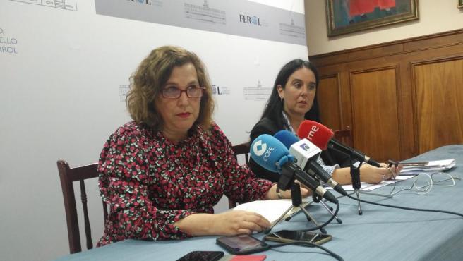 Las ediles Maite Deus y Eva Martínez en la rueda de prensa
